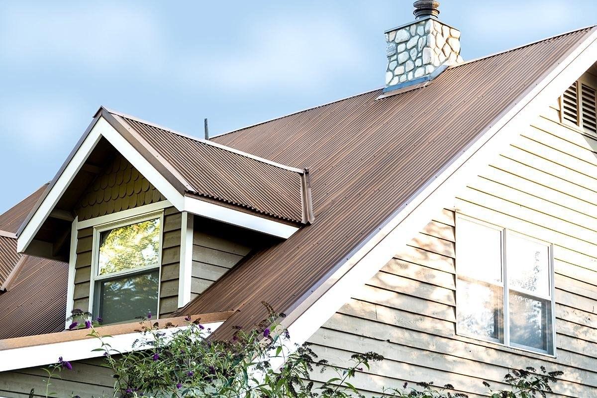 "7/8"" Corrugated Metal Roof In Streaked Rust"
