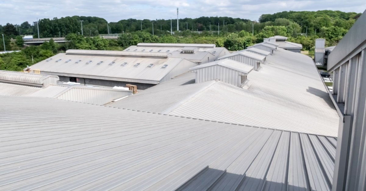 Aluminum Roofing: The Pros And Cons